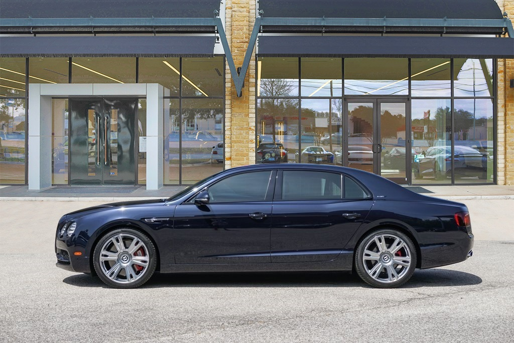 Pre-Owned 2017 Bentley Flying Spur W12